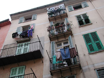 Laundry in the south of France.